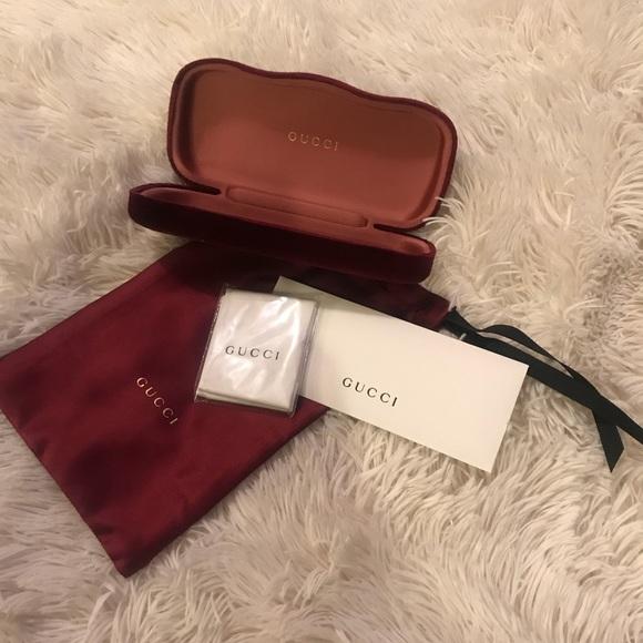 quality design cff67 c77d3 Authentic Velvet Gucci Sunglass Case NWT